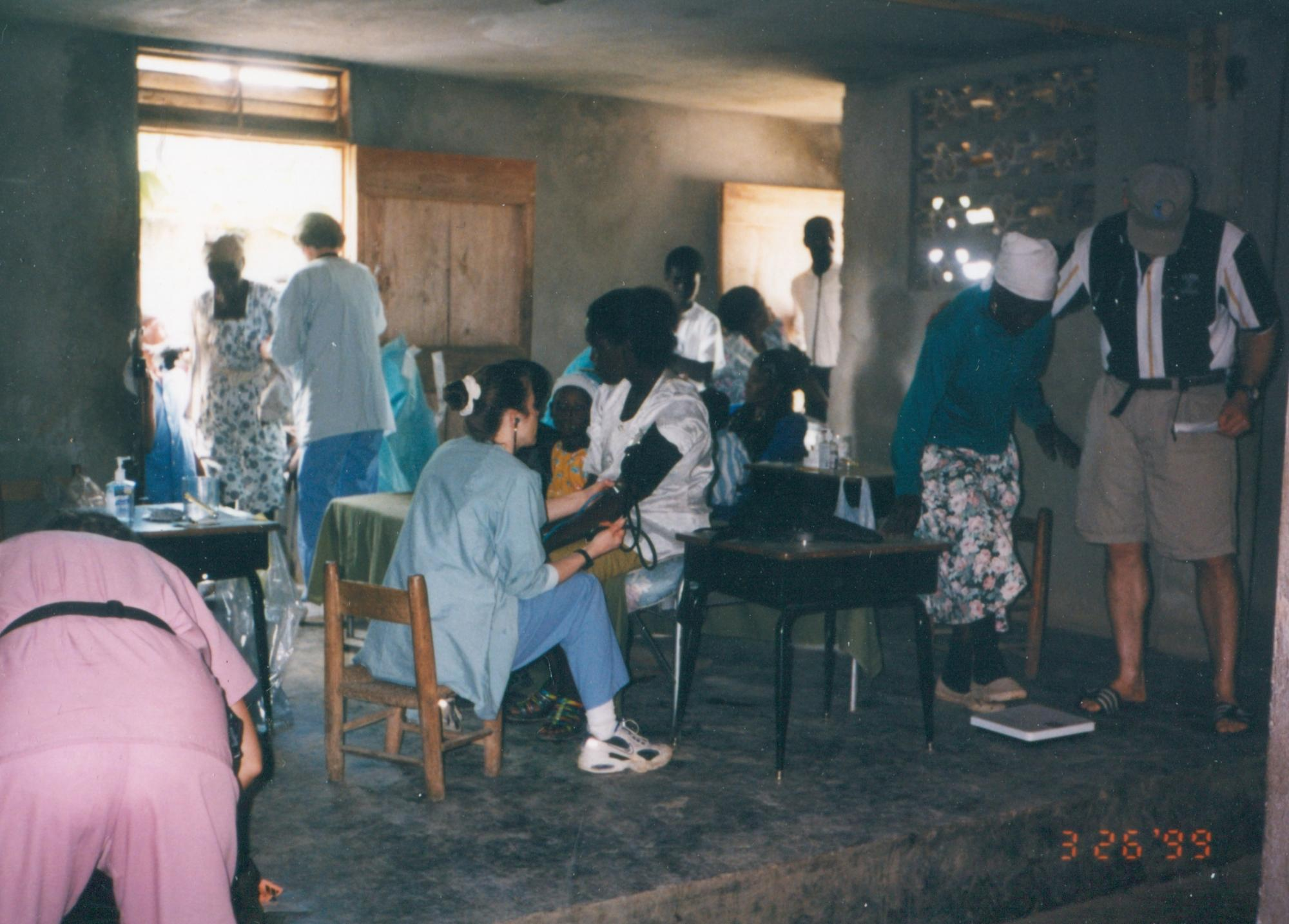1999_Thiotte_area_busy_Vital_checkups_p_Dr_MM_image30.jpg