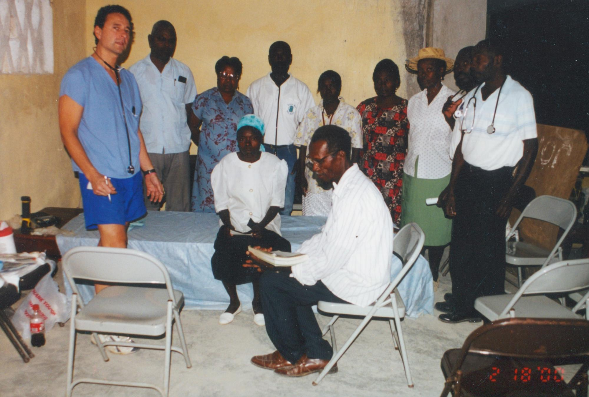 Doctor_in_shorts_with_Education_group_Feb__2000_Thiotte_image74.jpg